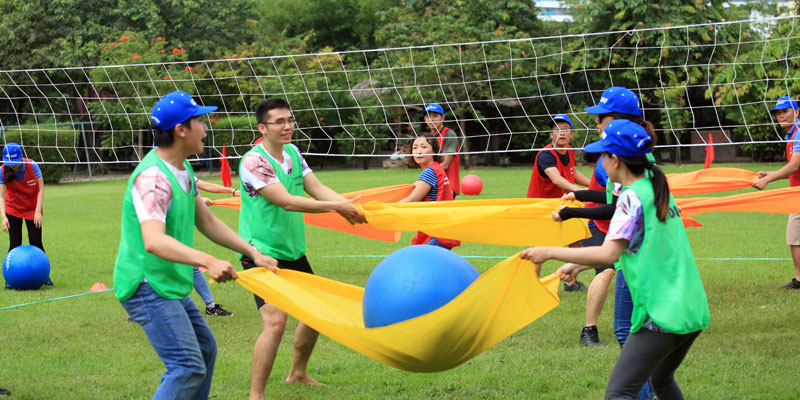 3 Fun Team Building Activities That Can Lift Employees